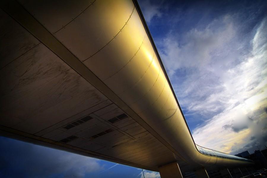 photoblog image Airport Walkway, Manchester Airport